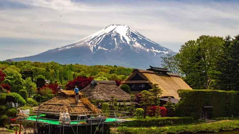 Casas em Yamanashi com vista para o Monte Fuji