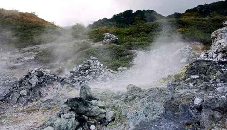 Gases saindo de pedras