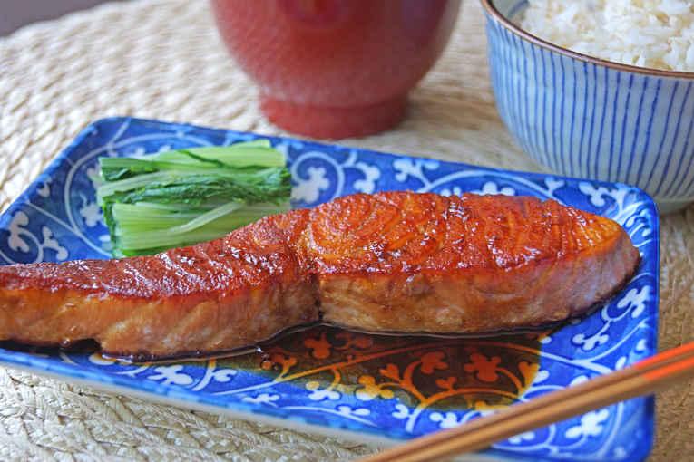 Salmão grelhado e marinado
