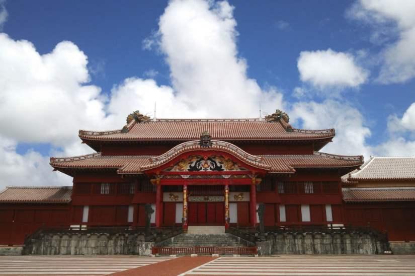 Castelo Shuriji vista frontal do prédio principal