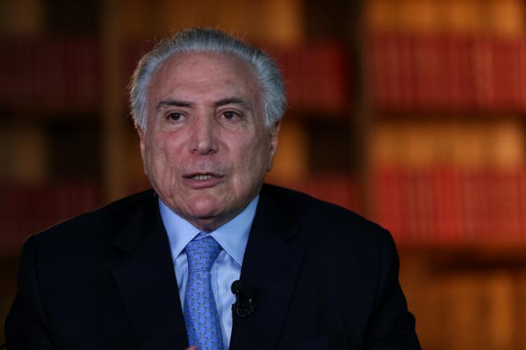 'Sou radicalmente contra o impeachment de Bolsonaro em meio à pandemia', diz Temer