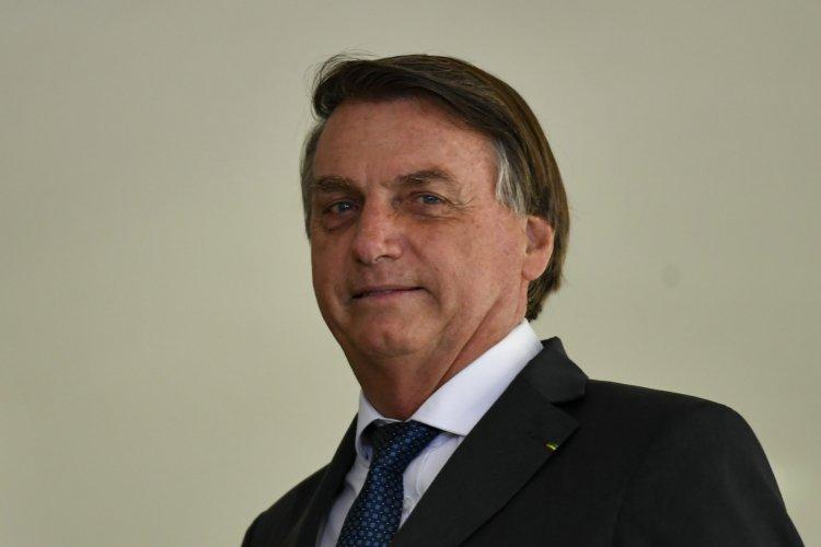 'Sem voto impresso não vai ter eleição em 2022', afirma Bolsonaro