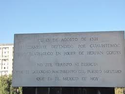 Placa que eterniza o feito de Cuauhtémoc
