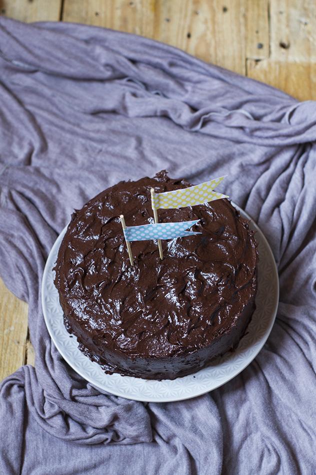 one-bowl-chocolate-cake-dairy-free_02