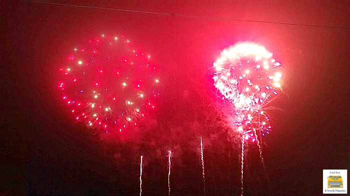 devons-crealy-fireworks