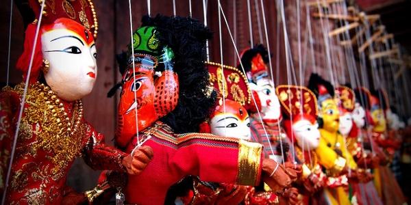 Marionetas por momo