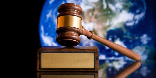 Mazo juez por Troi Rector