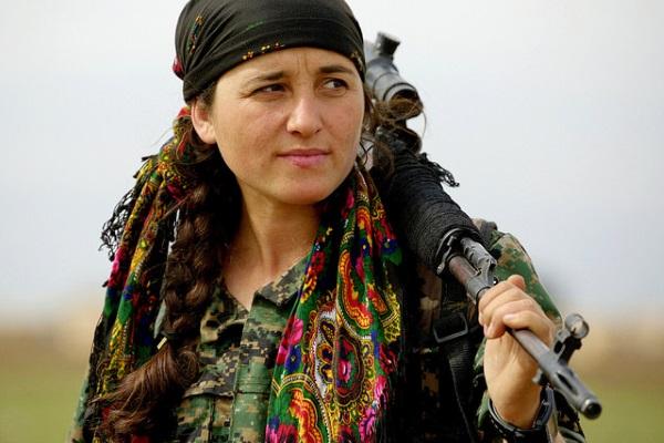 Combatiente Kurda por Kurdishstruggle