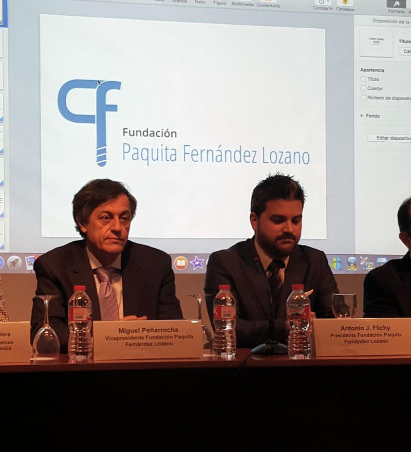 Dr. Antonio J. Flichy y el Dr. Miguel Peñarrocha, Presidente y Vicepresidente de la Fundación Paquita Fernández Lozano, durante la presentación de la misma