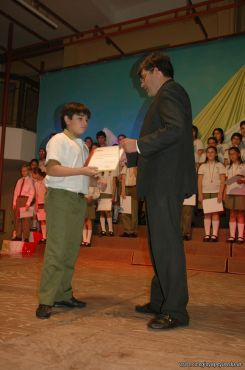 Acto de Colacion de Primaria 2009 163