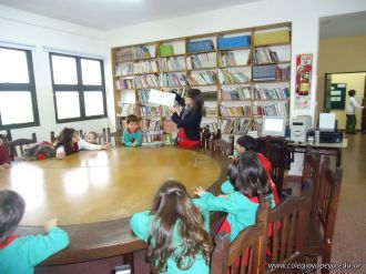 El Jardin leyendo en Biblioteca 23