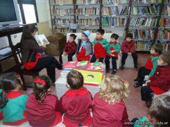 El Jardin leyendo en Biblioteca 48