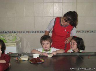 Salas de 4 preparando Pastelitos 1