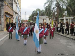 Desfile en Homenaje y Festejo de Cumple 37