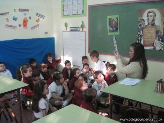 San-Martin-en-el-colegio-1ro_40