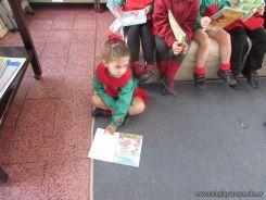 Alumnos de la Seño Carolina en Biblioteca 10