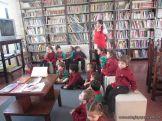 Alumnos de la Seño Carolina en Biblioteca 4