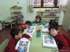 Aprendiendo Ingles en Salas de 5 21