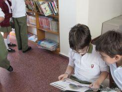 Visitamos la Biblioteca 76