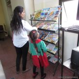 Padres y alumnos visitan la Biblioteca 2
