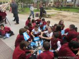 Niños y jovenes con la Bandera 2