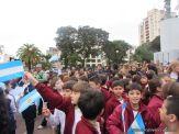 Niños y jovenes con la Bandera 5