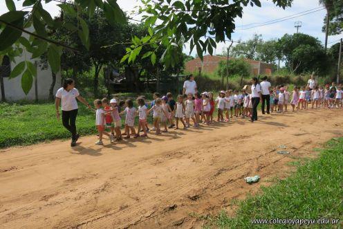 Entrega de obsequios al Jardin Maternal 1