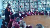 Tercero en biblioteca 1