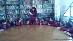Tercero en biblioteca 12