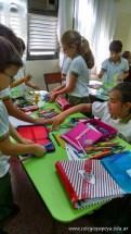 Clasificando útiles escolares 14