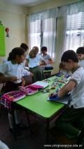 Clasificando útiles escolares 15