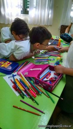 Clasificando útiles escolares 26