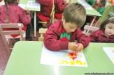 Dibujamos con plasticolas de colores 4