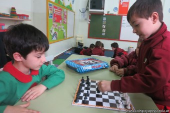 Jugamos al ajedrez 14