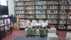 Tercero visita la biblioteca 36