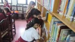 Tercero visita la biblioteca 7