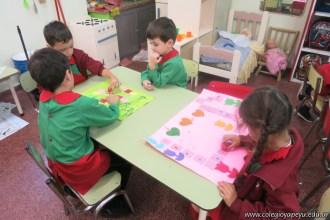 Disfrutamos los juegos realizados en el taller de padres 15