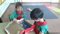Disfrutamos los juegos realizados en el taller de padres 9