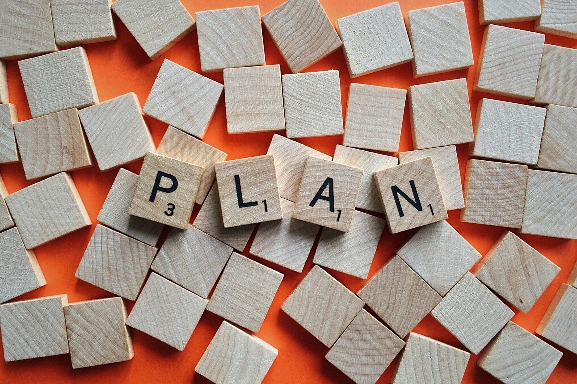 Planning Vs. Pantsing: a NaNoWriMo Guide