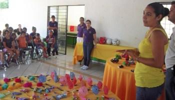 d026143daf35 Indira Vizcaíno clausura Curso de Bisutería en Quesería