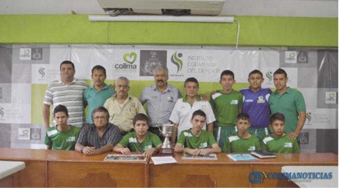 0001.AGOSTO2013_Campeones visitan el INCODE
