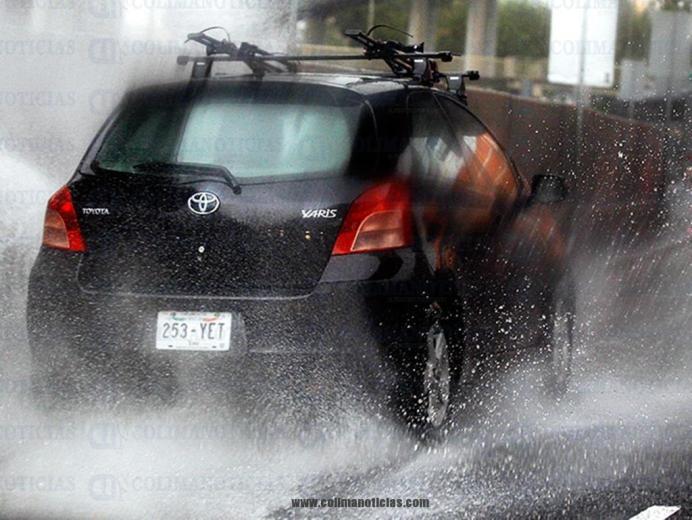 lluvias-auto
