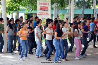 0108.OCTUBRE2013_UCOL_CARAVANA DE ACTIVACIÓN FÍSICA