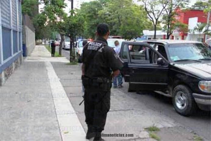 CN policia checa MANZANILLO