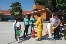 proteccion-civil-imparte-curso-contra-incendios-en-escuela-ford2