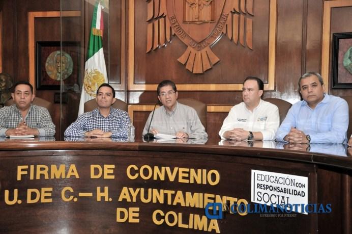 firma-de-convenio-udec-hayuntamiento-de-colima_c