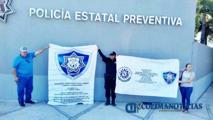 Policías de Colima exigen dignificación laboral