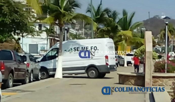 Dejan bolsas con cuerpo a plena luz del día en Manzanillo