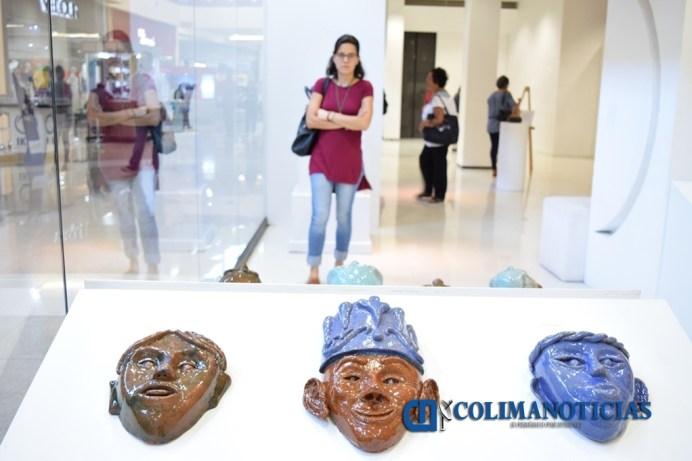 Inauguran exposicion con piezas ceraímicas de barro vidriado