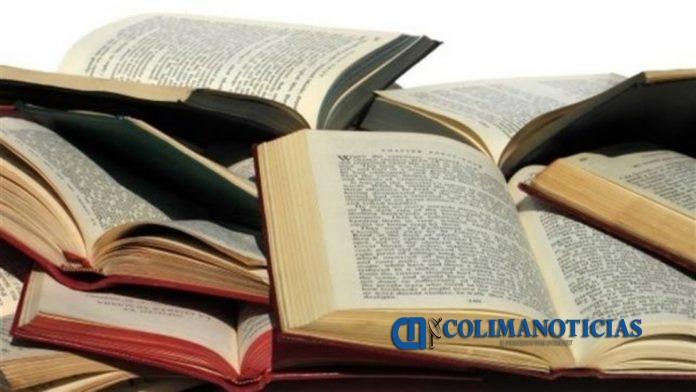 libros 696x392 - El Librobus estará el 21 de noviembre en Armería